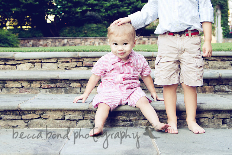 Charlotte Family portrait PHotography at the Green