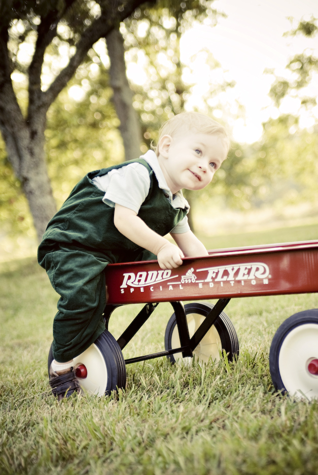 charlotte child photography | radio flier red wagon portrait